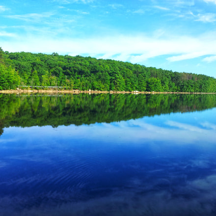 Random lake in Massacusetts , Samsung Galaxy S2