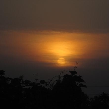 sun, Canon IXUS 132