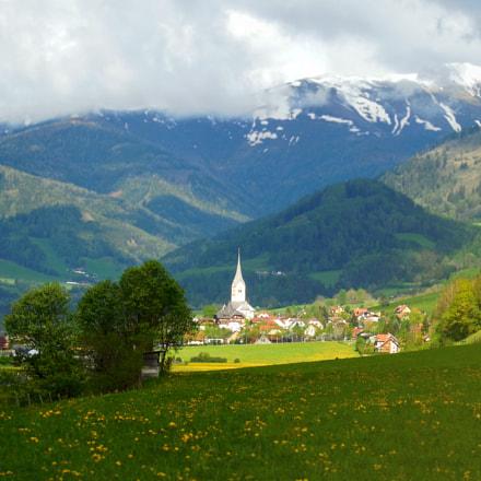 A small village lost, Nikon COOLPIX L610
