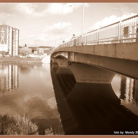 bridge, Sony DSC-H50