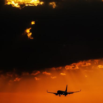 Sundown plane, Fujifilm FinePix HS30EXR