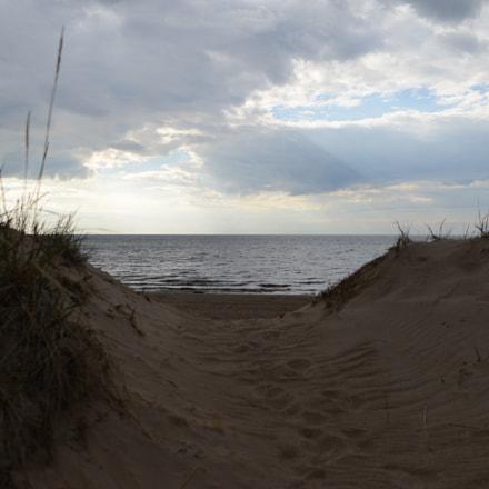 Over the sand dunes, Nikon D800, AF-S Nikkor 28mm f/1.8G