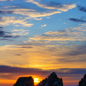 Huangshan Sunrise by Chaluntorn Preeyasombat (ting708)) on 500px.com