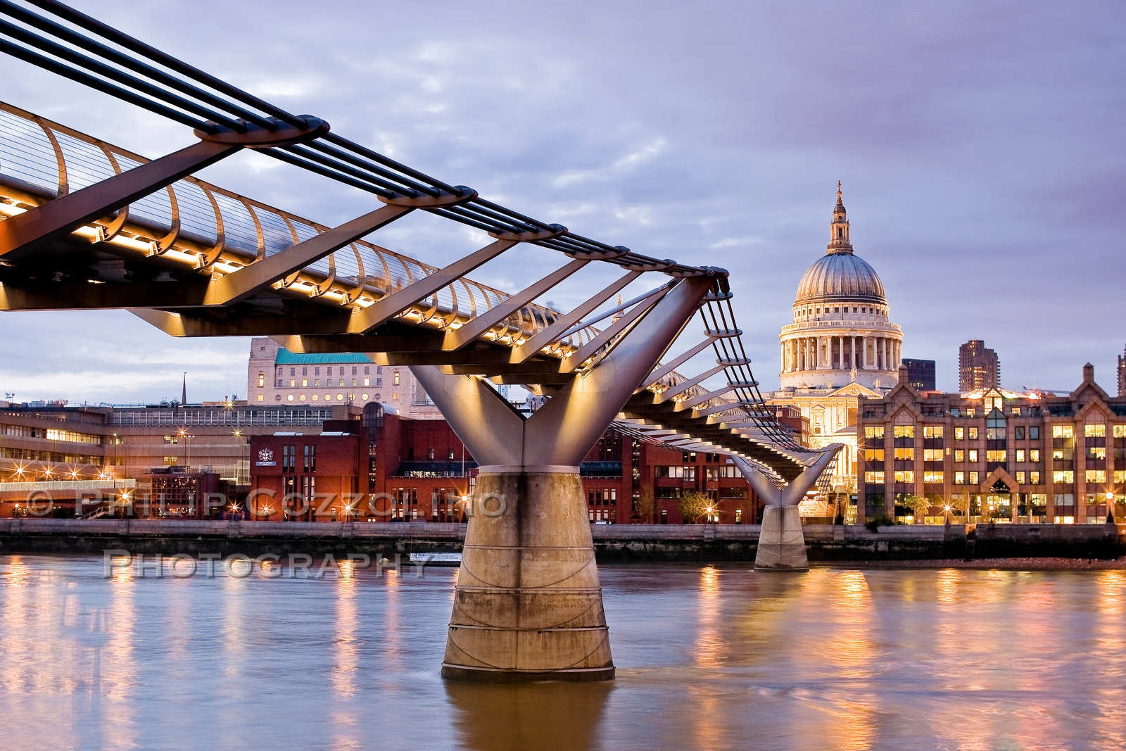 Photograph On the Thames by Philip Cozzolino on 500px