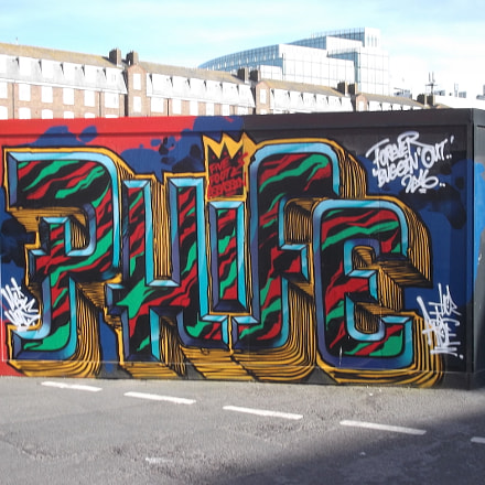 Phife Graffiti Old Market, Fujifilm FinePix JV250