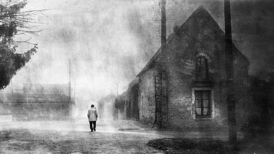 Dernière promenade dans mon village by Sylvain Pesquer on 500px.com