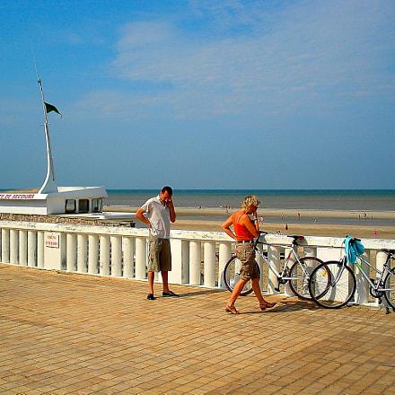 Along the beach, Sony DSC-W40