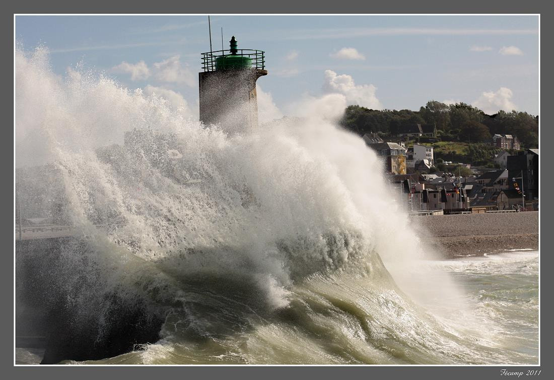 Photograph Wave on the lighthouse by Jean-François Boulet on 500px