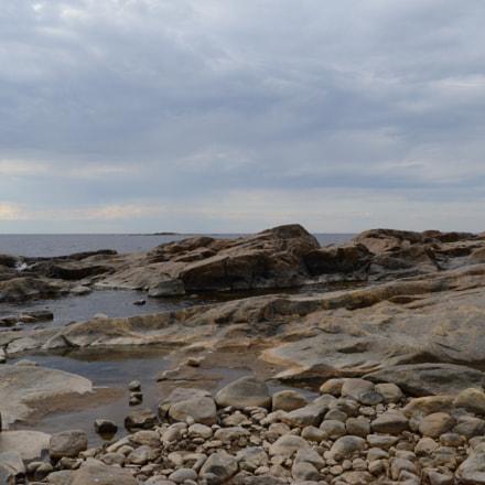 Rocky shore, Nikon D800, AF-S Nikkor 28mm f/1.8G