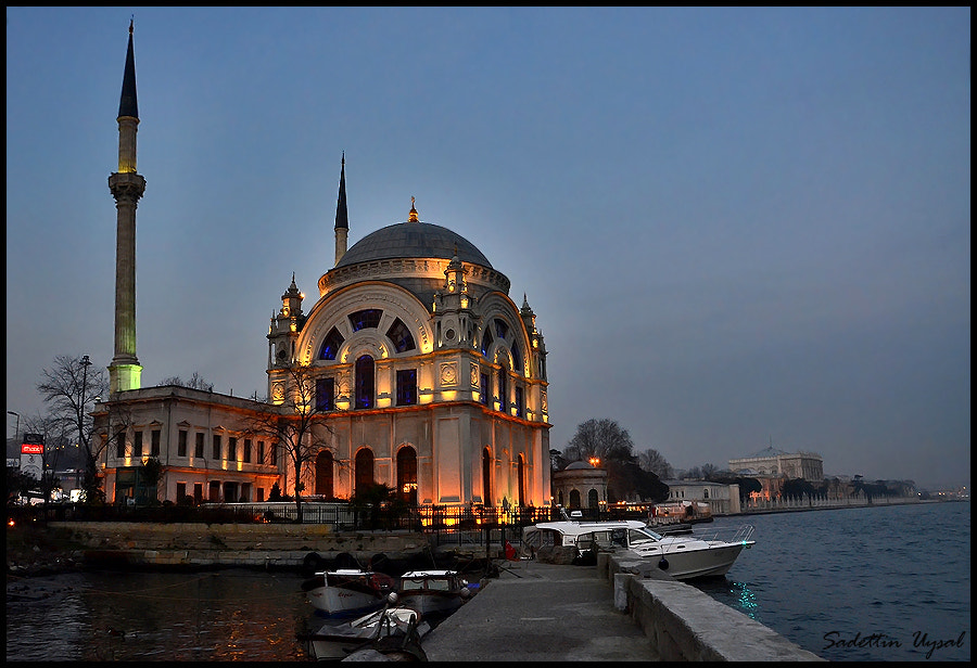 Photograph Bezmi Alem Valide Sultan Mosque - Istanbul by Sadettin  Uysal on 500px