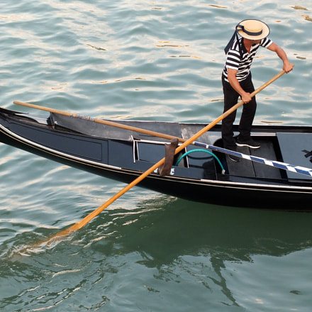 Gondola in Venice, Fujifilm FinePix HS30EXR