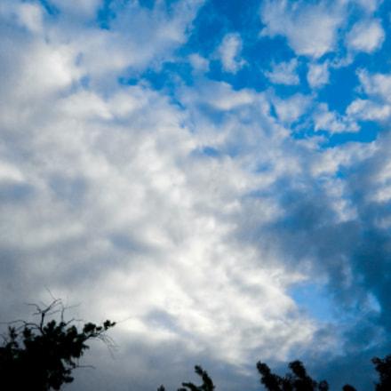 Watch the sky, Nikon COOLPIX L120