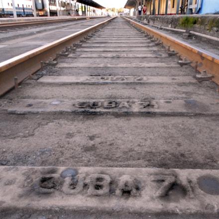Train Tracks Marta Abreu, Nikon COOLPIX S3100