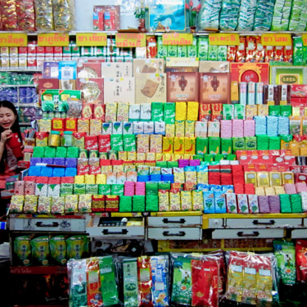 Warorot Market in Chiang, Canon IXUS 105