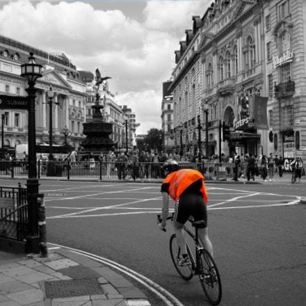 Lone Cyclist, Canon DIGITAL IXUS 960 IS