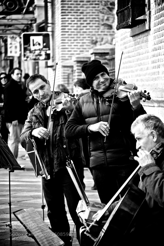 Photograph Fiddler On The Street by Marco Antonio Uzcategui Pescozo on 500px