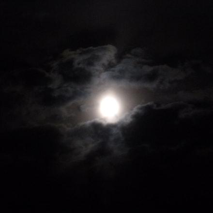 In Moon Eye, Panasonic DMC-SZ1