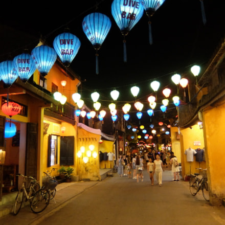 Hoi An blue light, Fujifilm XQ1