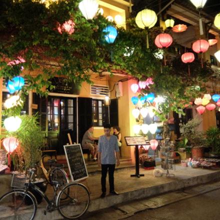 Restaurant, Fujifilm XQ1