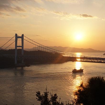 瀬戸大橋の日暮れ, Sony ILCE-6300, Sony E 35mm F1.8 OSS