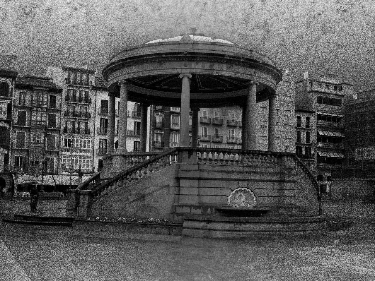 Photograph Plaza del Castillo by Javier  on 500px