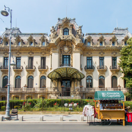 Cantacuzino Palace, Nikon COOLPIX L320