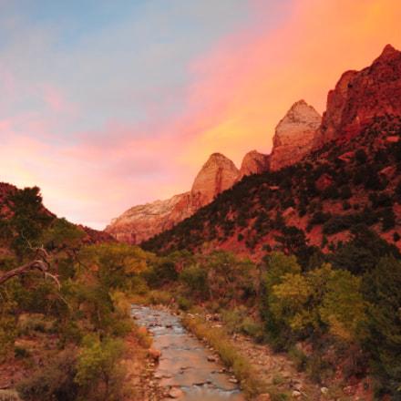 Sunset at Zion, Nikon D700, AF-S Zoom-Nikkor 14-24mm f/2.8G ED