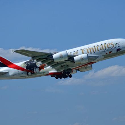 A380, Nikon D7000
