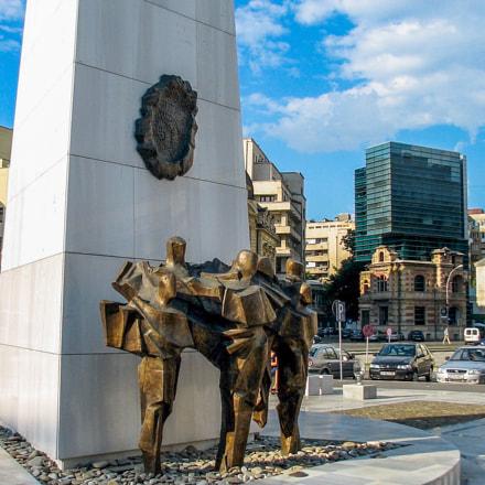 Bucharest, Canon POWERSHOT S2 IS