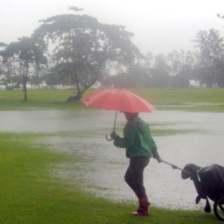 Rainy Day Golf, Sony DSC-S950