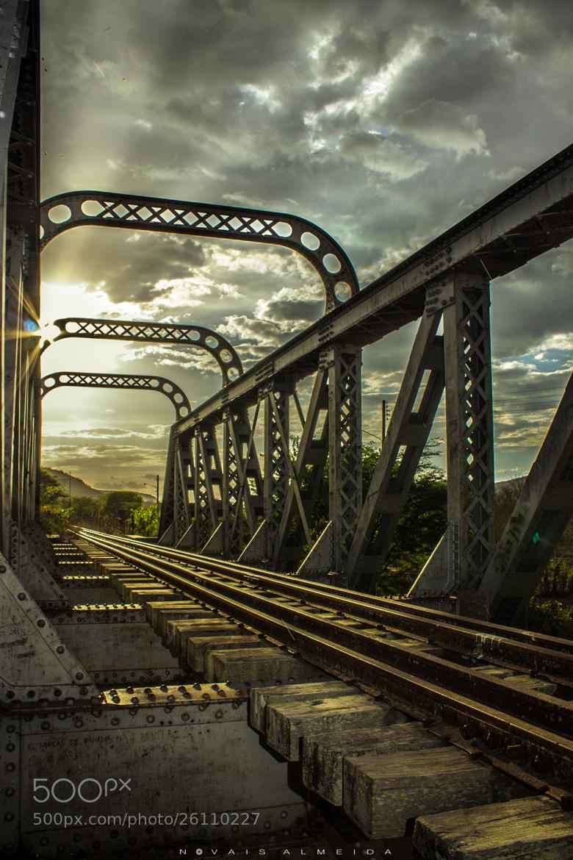 Photograph Antiga ponte férrea by Novais Almeida on 500px