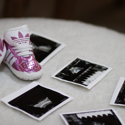 baby shoe, Canon EOS 80D, Canon EF 85mm f/1.8 USM