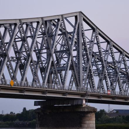 English bridge - Rouen, Nikon D7000, Sigma 17-70mm F2.8-4 DC Macro OS HSM