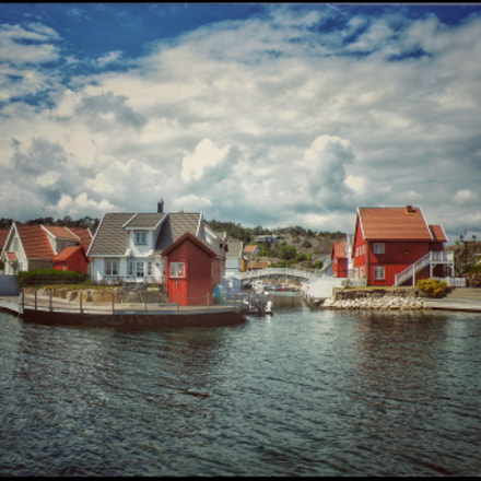 Kristiansand, NORWAY , Fujifilm FinePix S8100fd