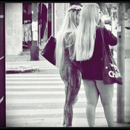 Girls on the street, Sony DSC-S930