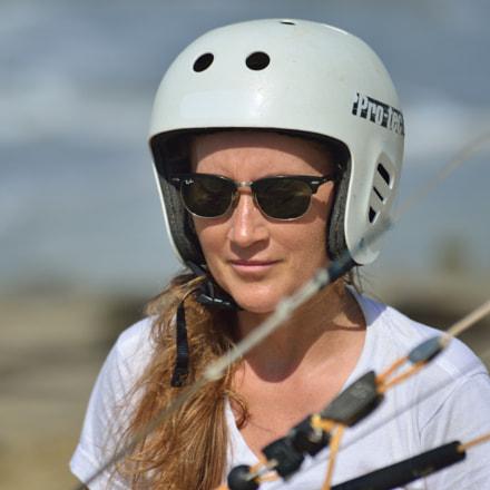 Studying to pilot kite, Nikon D800E