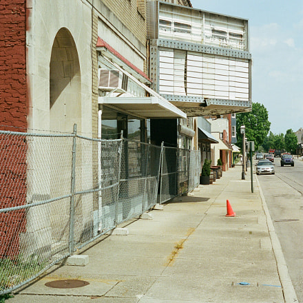 Strand Theater's Last Days, Canon AE-1