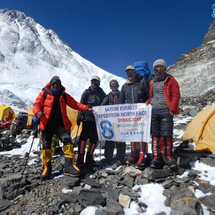 Everest Expedition, Nikon COOLPIX AW130