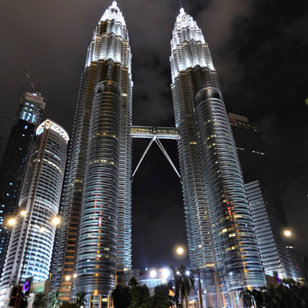 Petronas Twin Towers, Nikon COOLPIX L840
