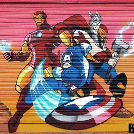 Graffiti: Herois Marvel, Pentax K100D SUPER, smc PENTAX-DA 18-55mm F3.5-5.6 AL