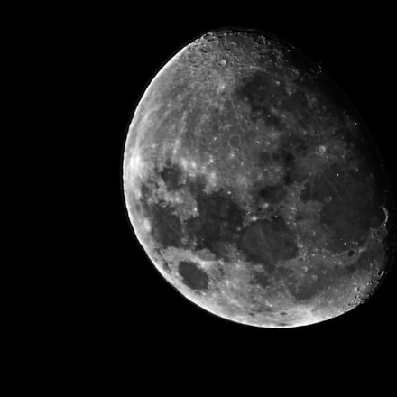 The moon, Canon POWERSHOT SX30 IS