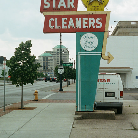 Star Cleaners, Canon AE-1
