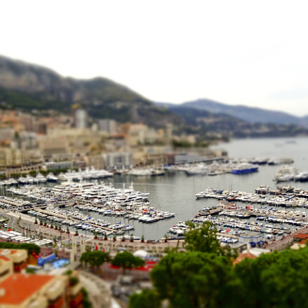 Monaco Harbour, Sony DSC-HX20V