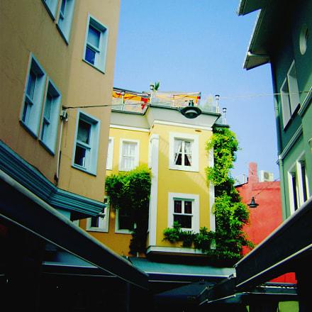 Orta Koy streets, Sony DSC-S750