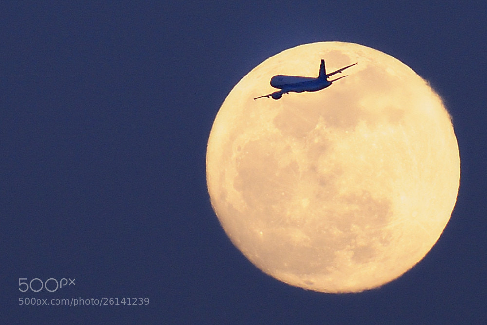 Photograph To the moon by Keith_TT on 500px