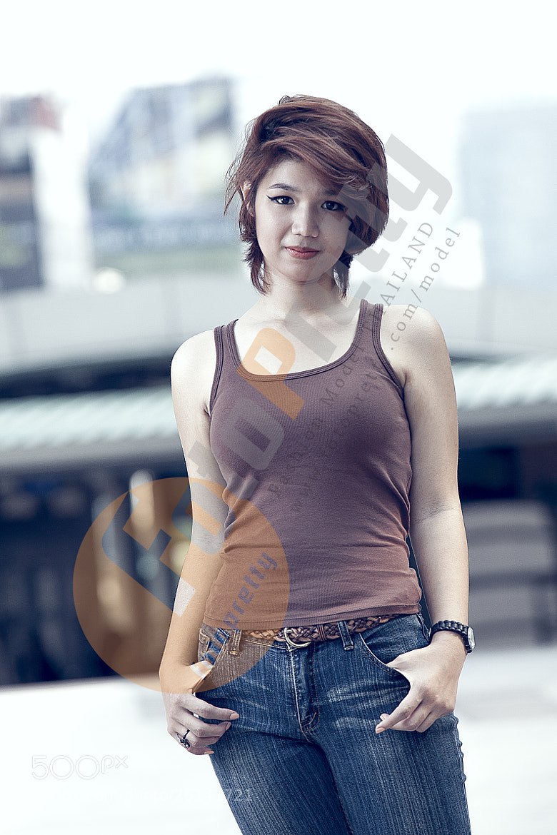 Photograph Blue Jeans Female Model Thailand by Foto Pretty on 500px