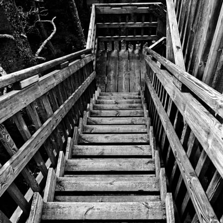 Watch your step., Nikon D7200