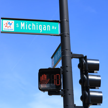 Michigan Ave Sign, Canon EOS REBEL T6I, Canon EF-S 18-55mm f/3.5-5.6 IS STM