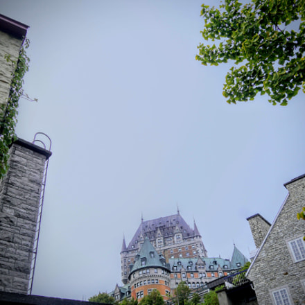Castle in old montreal, Sony ILCE-6300, Sigma 19mm F2.8 [EX] DN