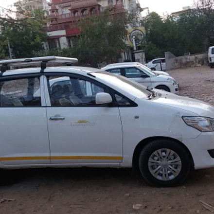 Taxi, cab, car rental, Samsung Galaxy J5